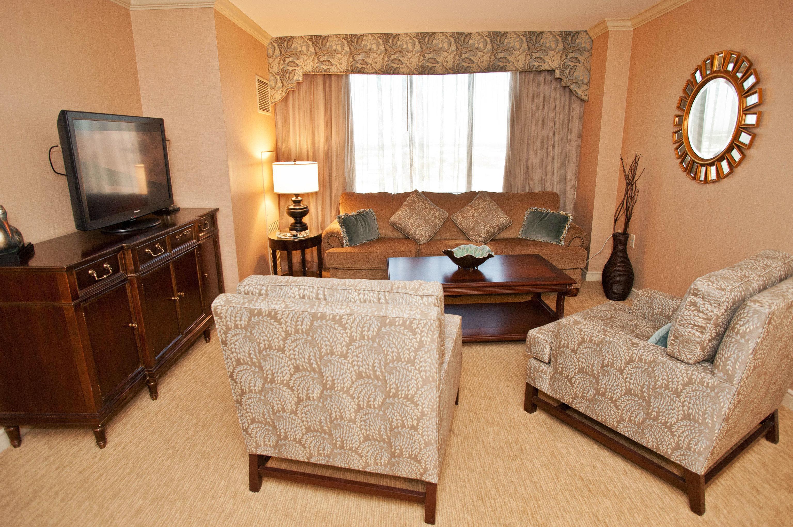 property Suite cottage Bedroom hardwood home living room tan