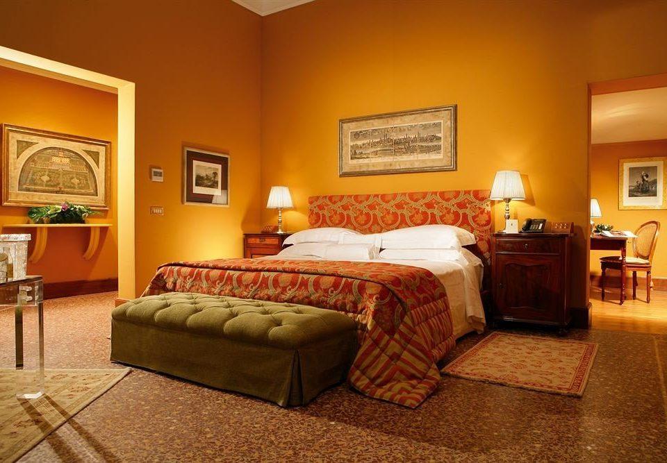 property Bedroom Suite hardwood living room cottage lamp