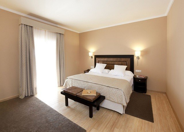 property Bedroom Suite hardwood cottage