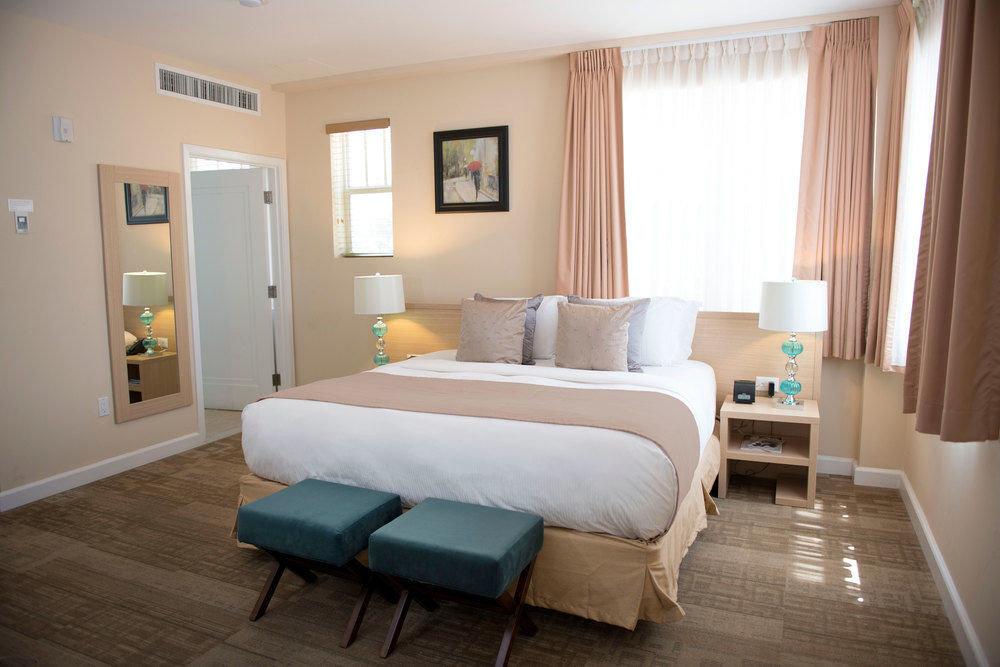 property Bedroom Suite living room hardwood cottage home