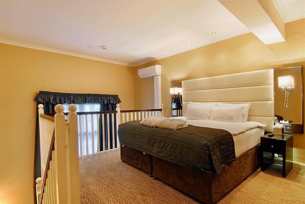 property Bedroom Suite hardwood cottage home tan