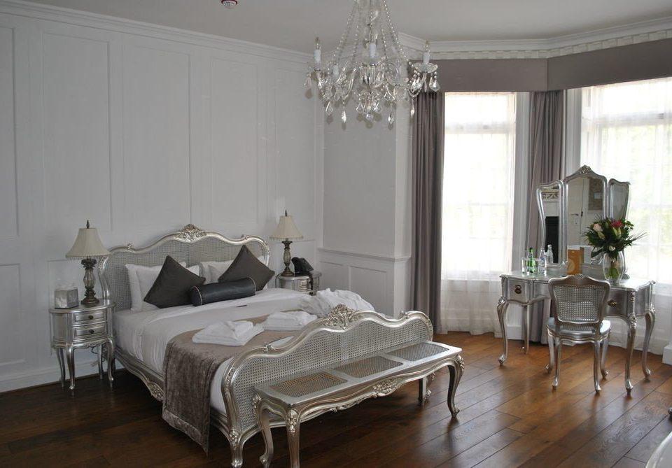 property Bedroom living room hardwood home cottage textile Suite
