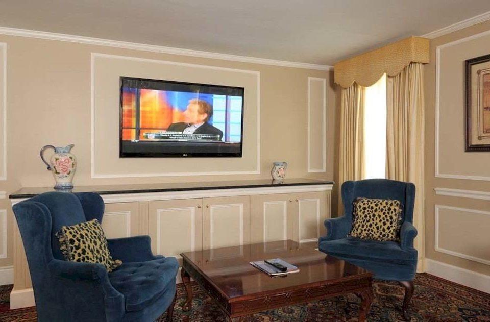 living room property home cottage hardwood Suite Bedroom