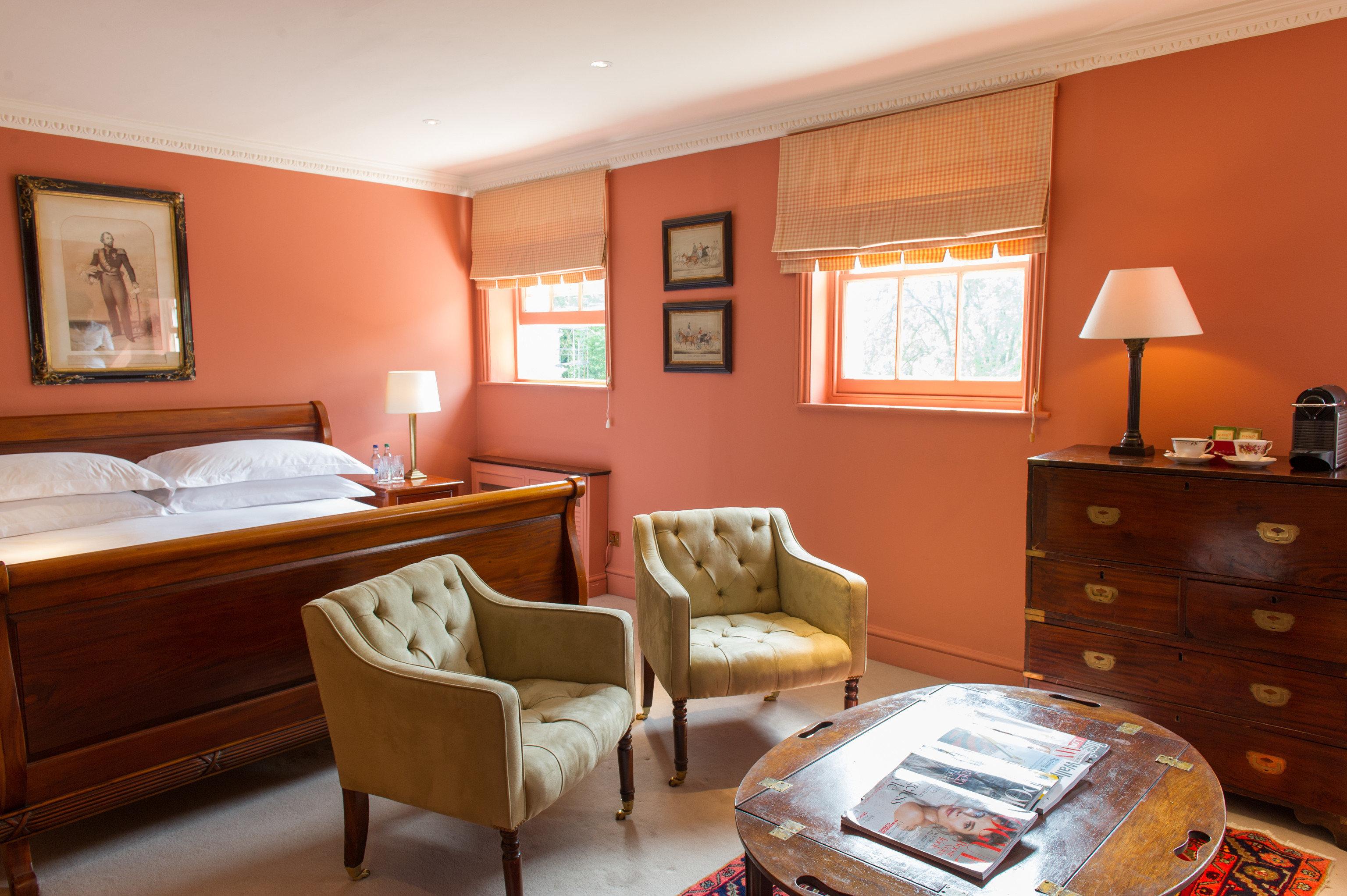property Suite home living room cottage Bedroom hardwood