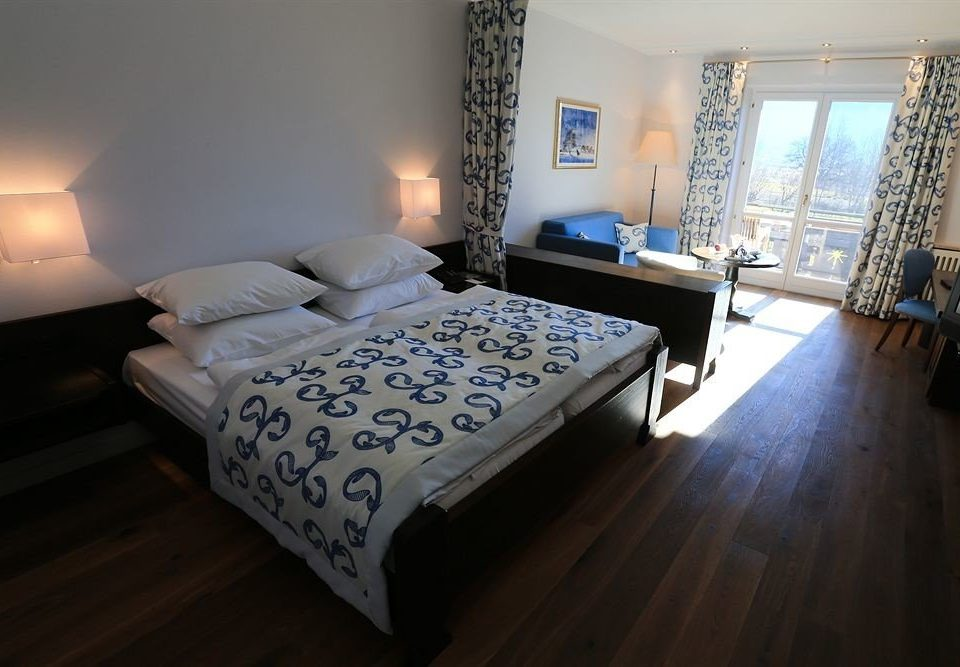 property Bedroom Suite cottage hardwood