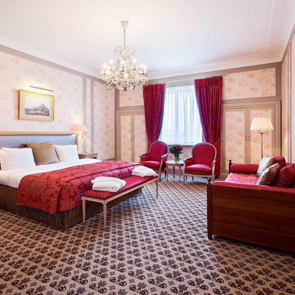 Bedroom property red Suite cottage hardwood living room