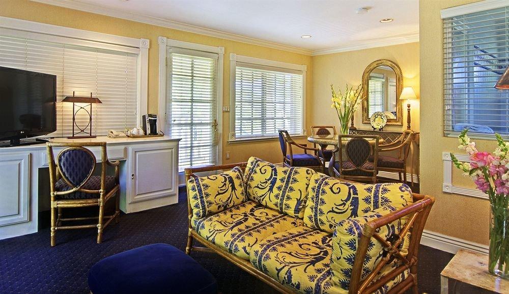 property living room home Suite cottage Bedroom mansion rug leather