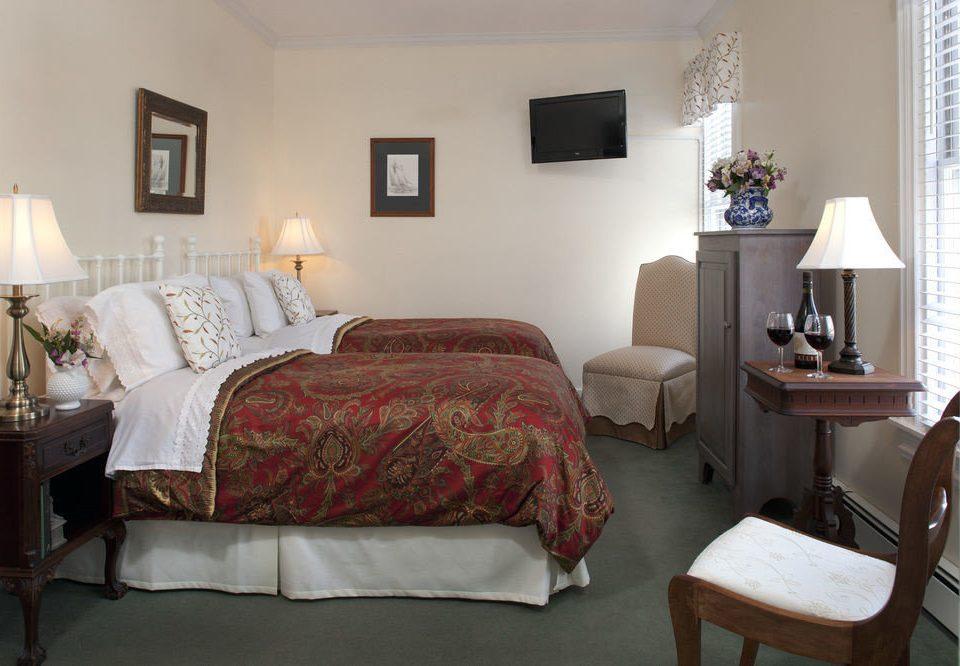 property Bedroom cottage Suite living room home