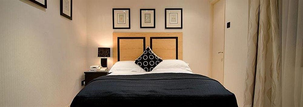 property Bedroom scene Suite home cottage