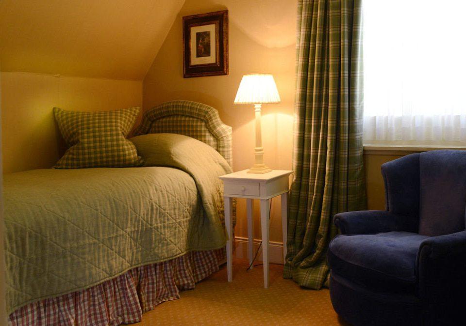 sofa property Suite cottage home living room Bedroom