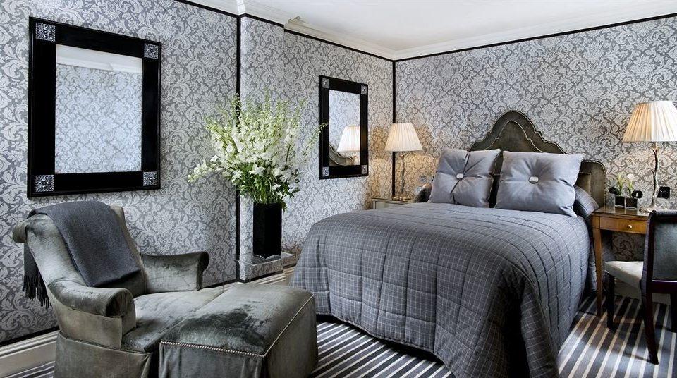 sofa property living room home cottage Suite Bedroom