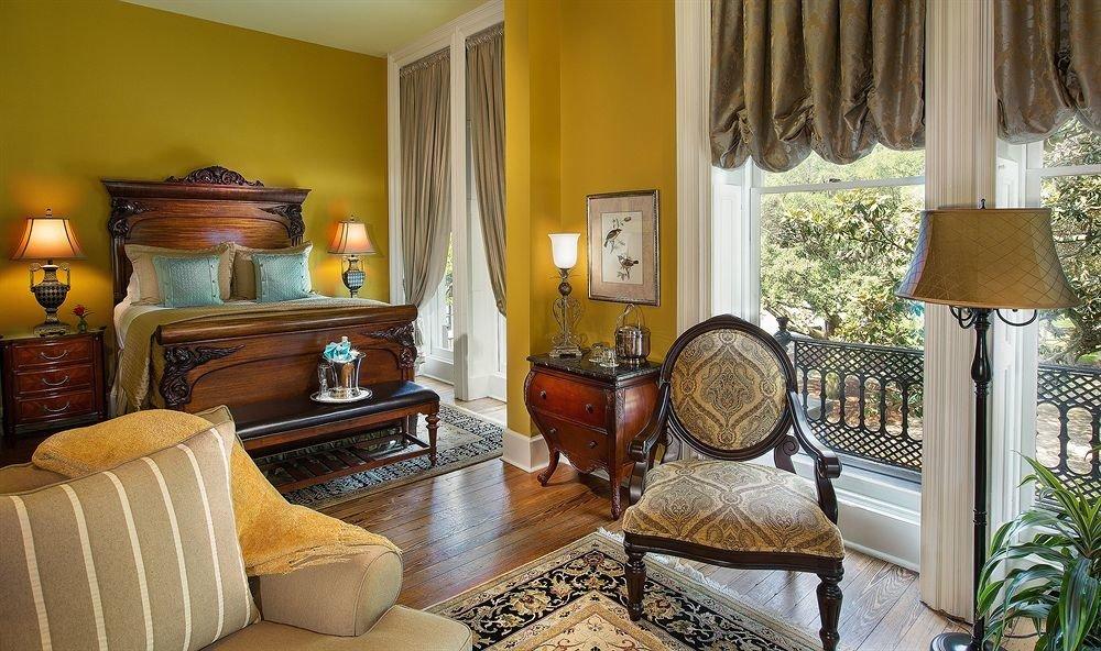 sofa property living room home Suite cottage mansion Bedroom