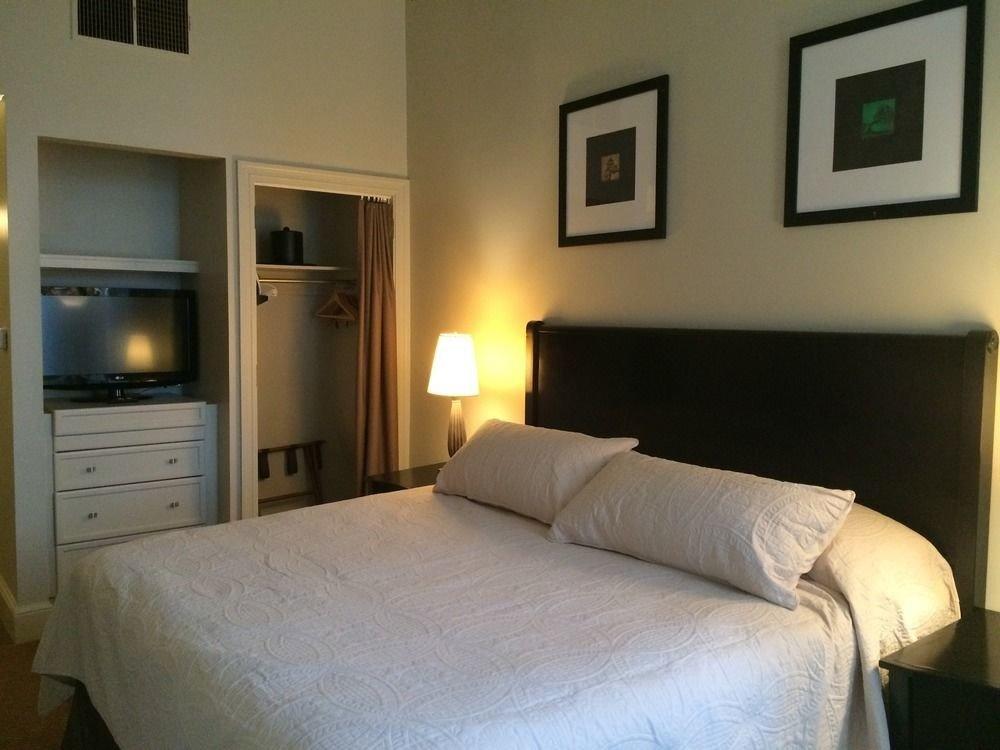 property Bedroom cottage Suite home