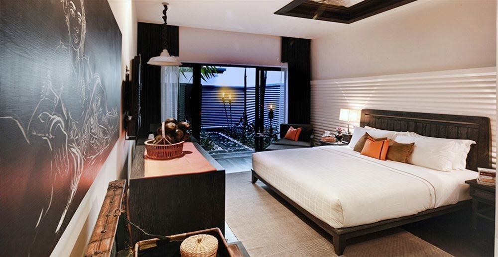 property Suite Bedroom home living room cottage