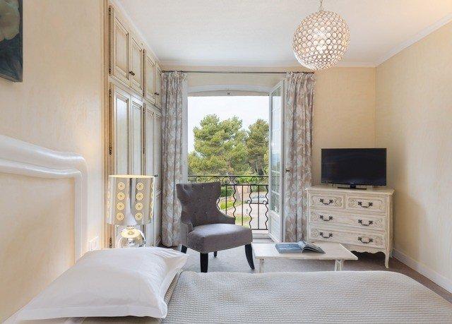 Bedroom property living room home cottage Suite
