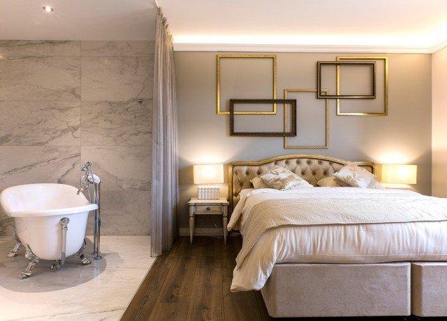 property Bedroom Suite home cottage tan