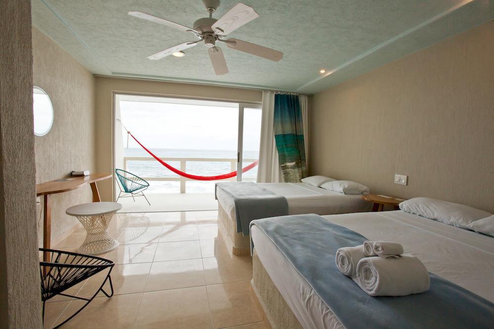 property cottage Bedroom home Suite