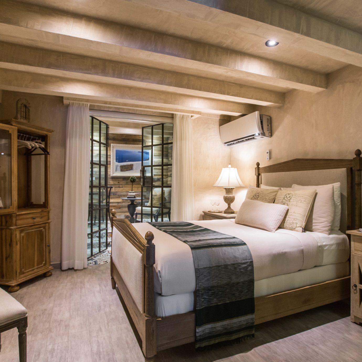 Bedroom Suite property home living room cottage vehicle mansion tan