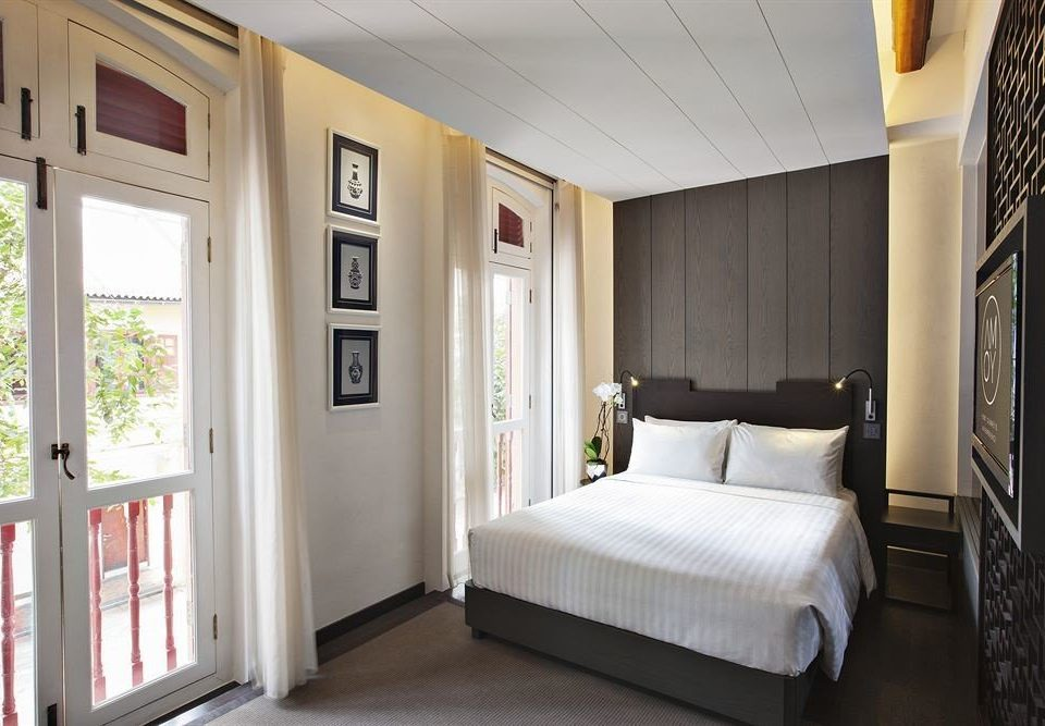 property home Bedroom cottage white Suite living room