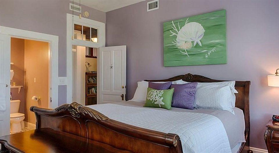 Bedroom property home living room Suite cottage