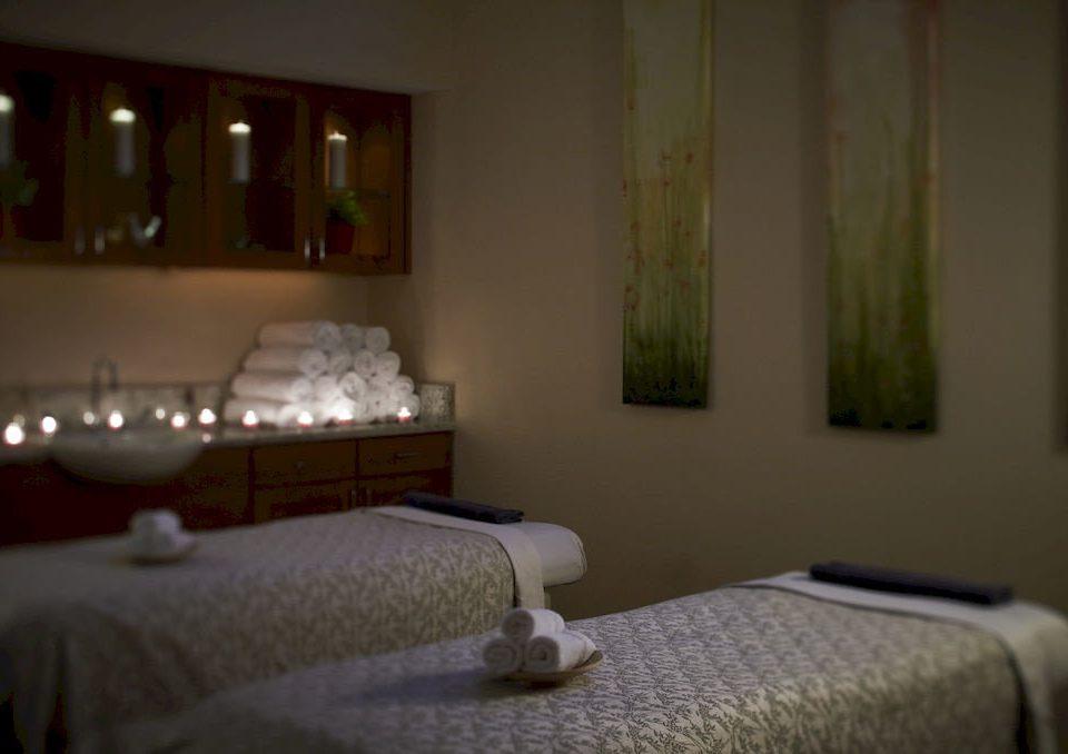property Bedroom cottage Suite lamp