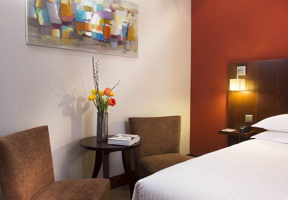 property Bedroom Suite cottage restaurant lamp
