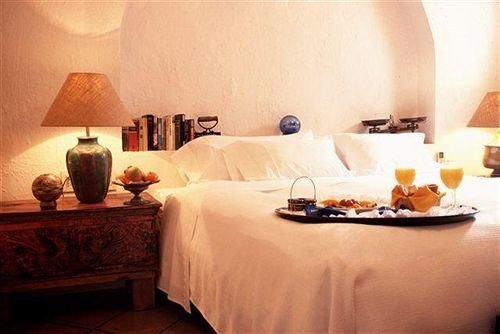 property Suite cottage lamp Bedroom
