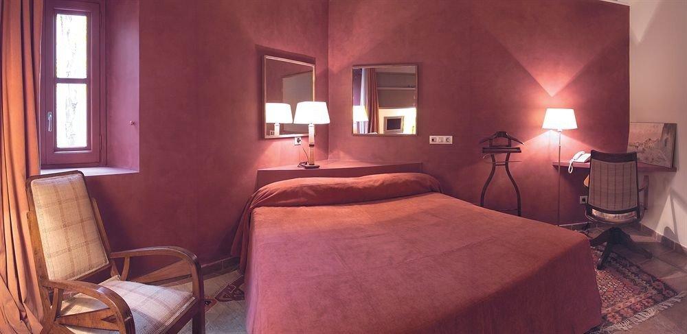Bedroom property cottage Suite living room lamp