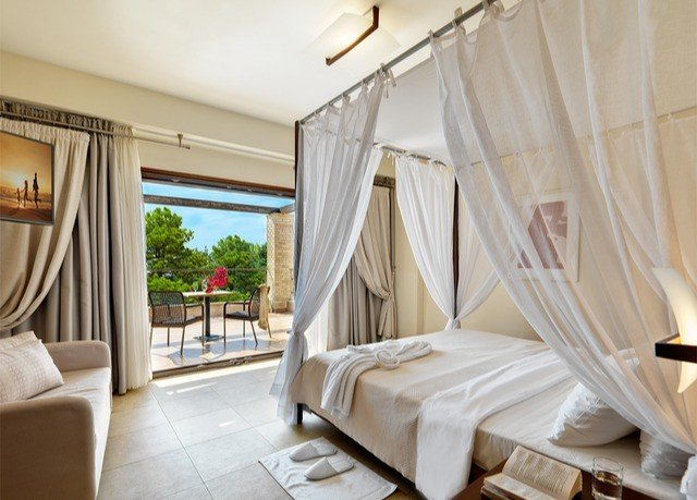 property Bedroom Suite living room cottage mosquito net