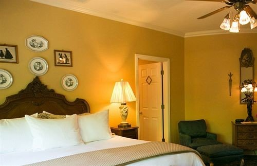 property Bedroom Suite yellow cottage living room orange