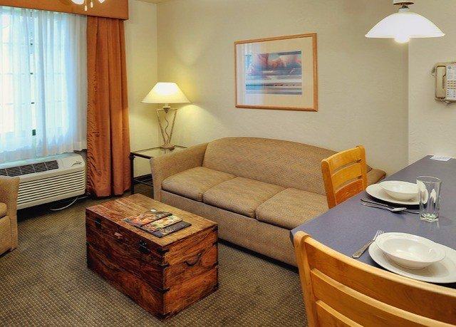 property Suite cottage Bedroom living room
