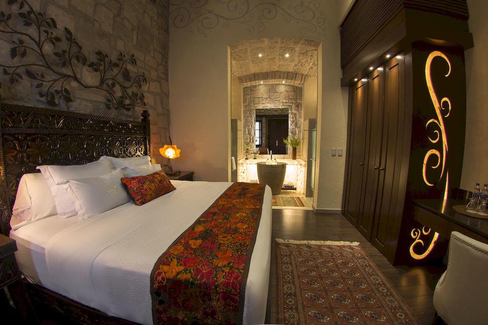property Suite mansion cottage Bedroom