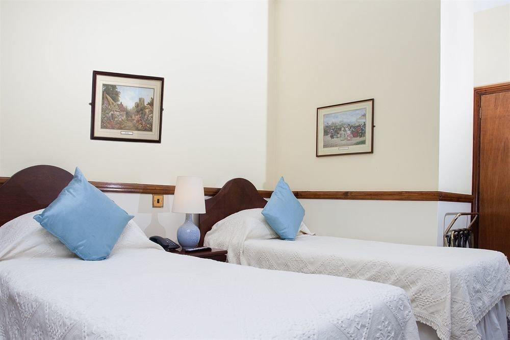 Bedroom property pillow scene cottage Suite night
