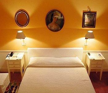 orange property Bedroom Suite yellow cottage
