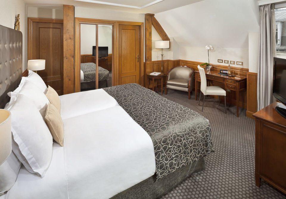 Bedroom property vehicle Suite passenger ship yacht cottage