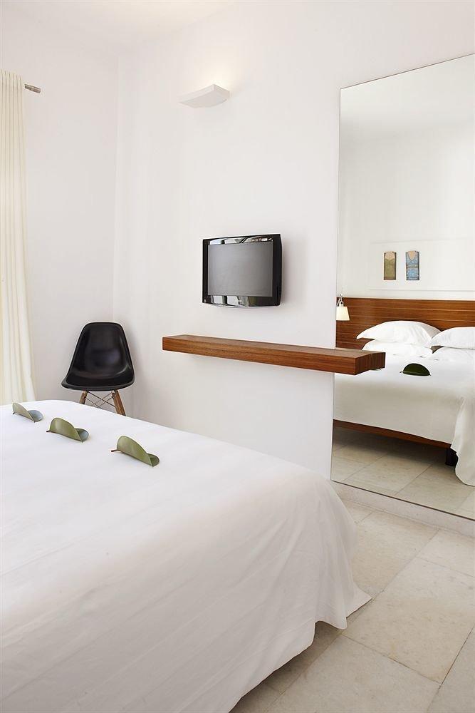 property Bedroom Suite cottage pillow