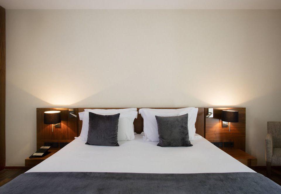 Bedroom pillow property scene Suite cottage tan