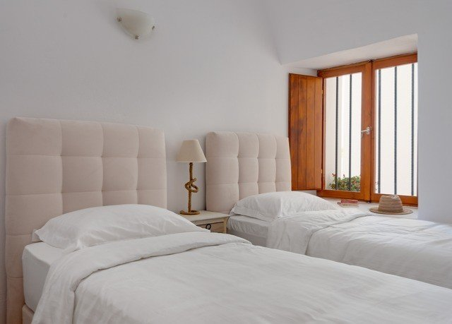 property Bedroom white cottage Suite pillow