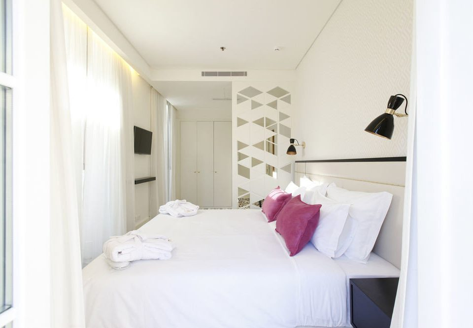 property Bedroom white cottage Suite