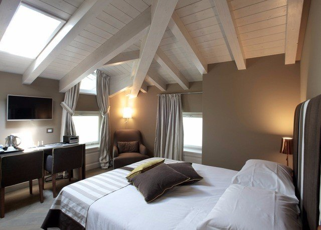 Bedroom property Suite cottage