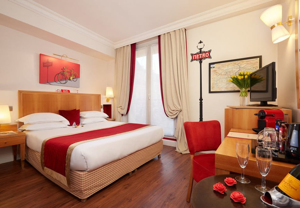 property Suite red cottage Bedroom