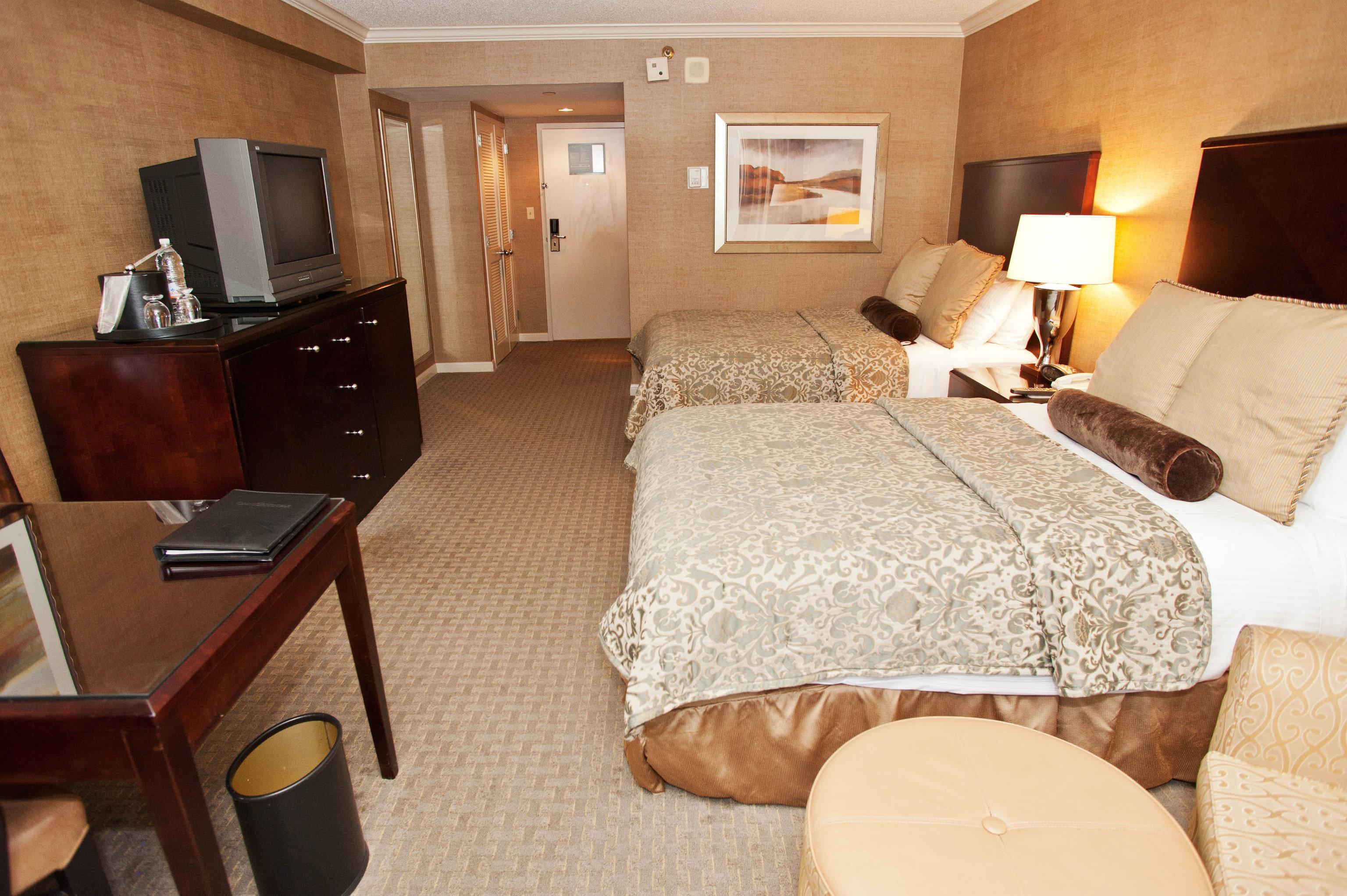property Suite cottage Bedroom tan