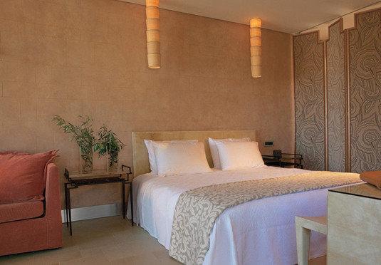 sofa property Suite Bedroom cottage
