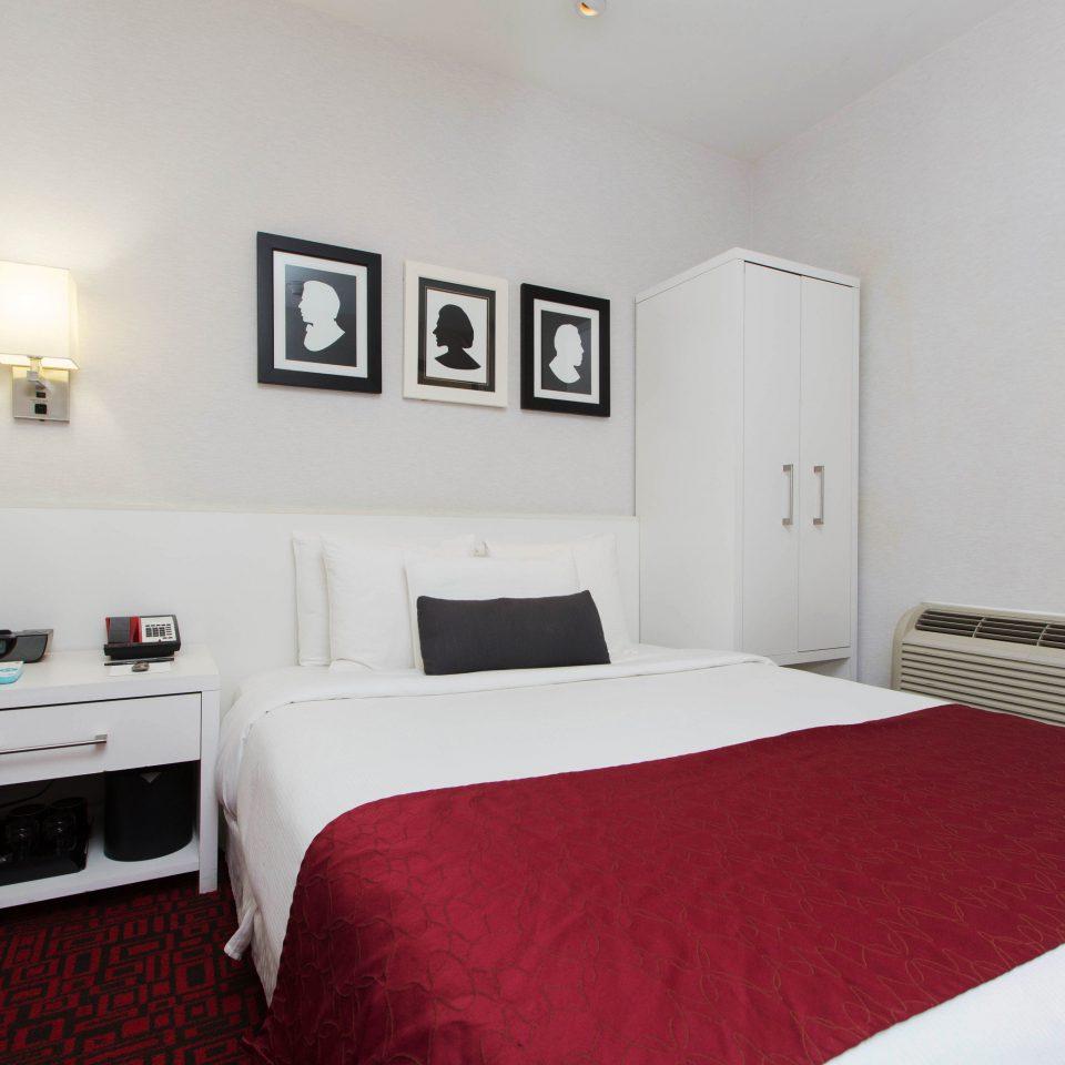 property red Bedroom scene cottage Suite