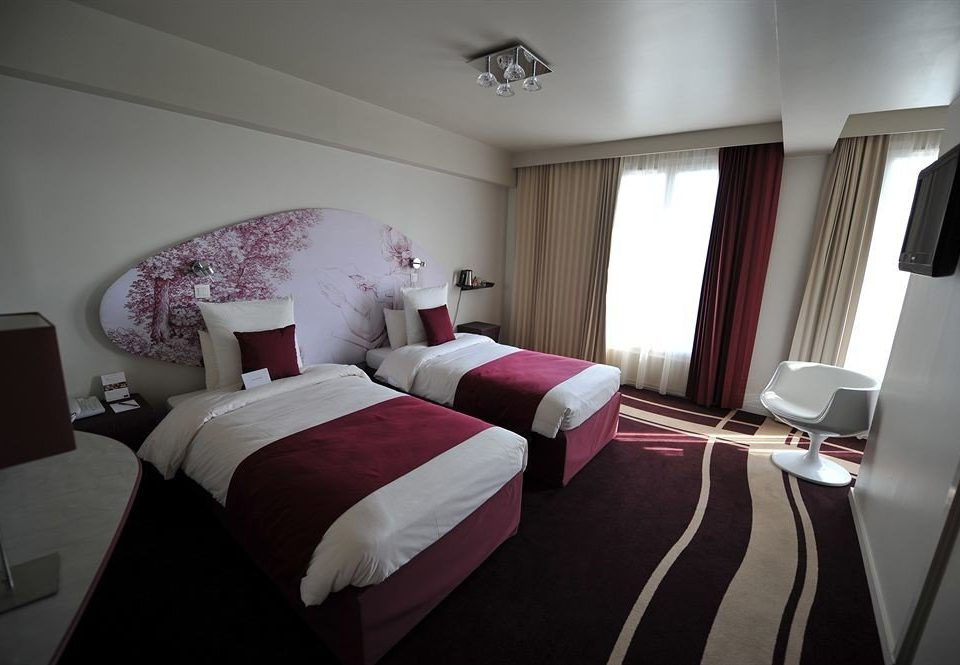 red property Bedroom Suite cottage