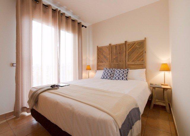 Bedroom property Suite cottage tan
