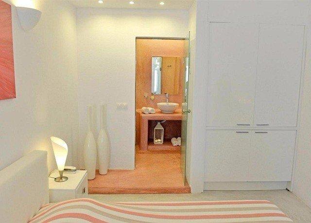 property cottage Suite Bedroom