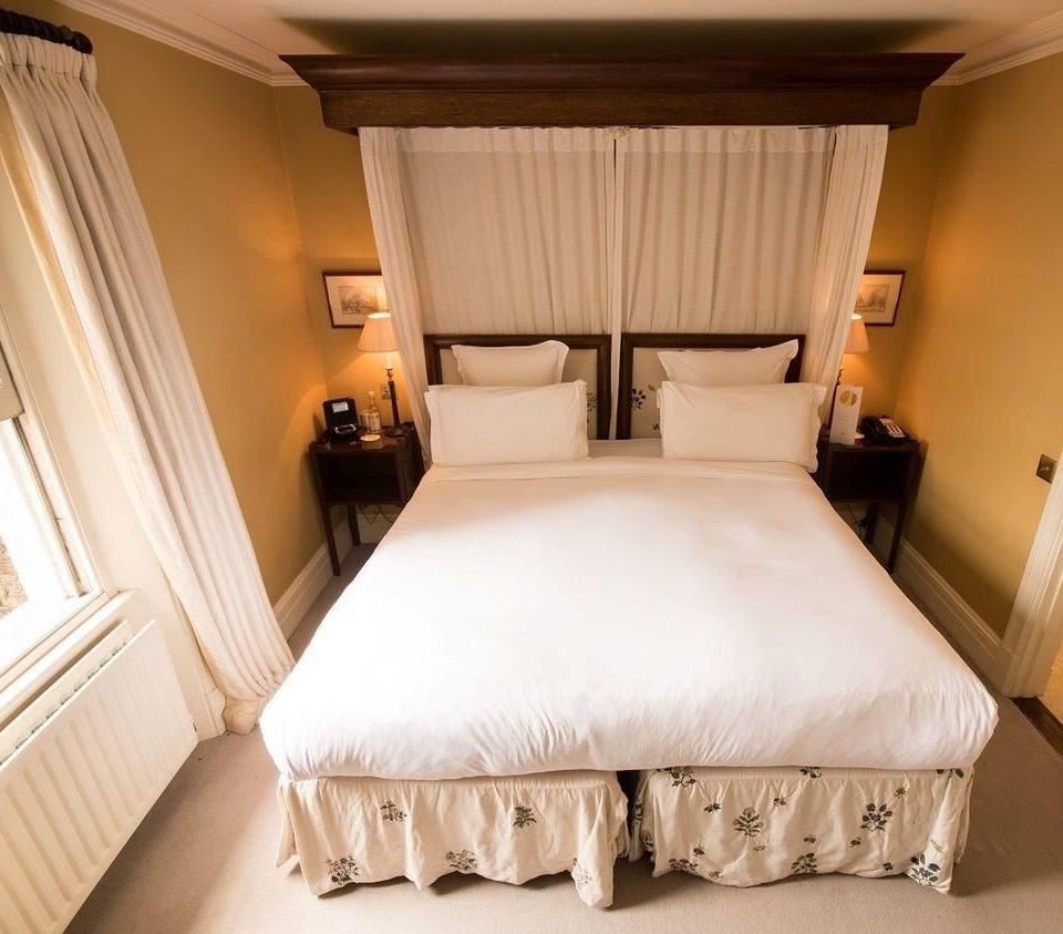 Bedroom Suite cottage tan