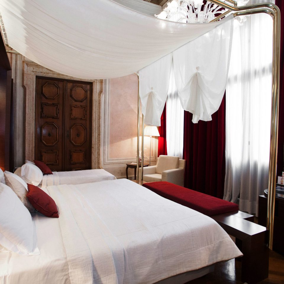 Bedroom curtain Suite