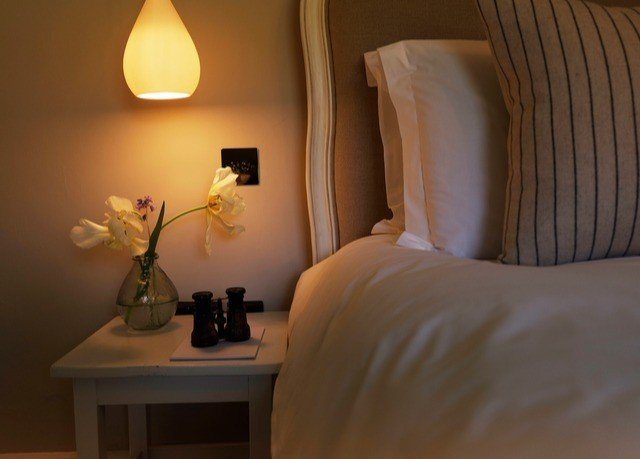 Bedroom light fixture lighting lighting accessory light Suite lampshade lamp home decor night
